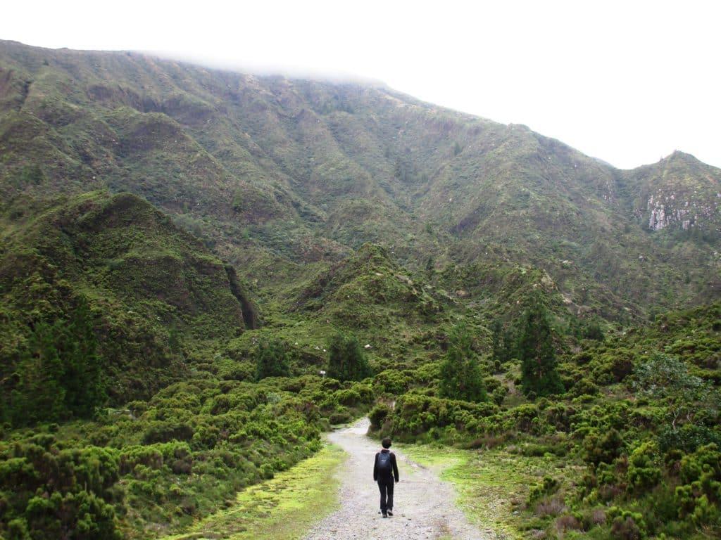 Subida hacia la Lagoa do Fogo, Azores