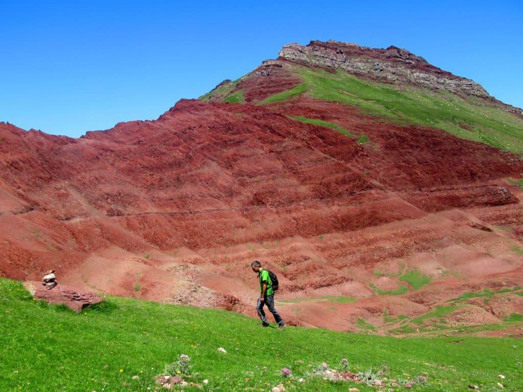 Estas arcillas rojas son los restos del primer Pirineo, que se erosionó y desapareció bajo las aguas hace millones de años.