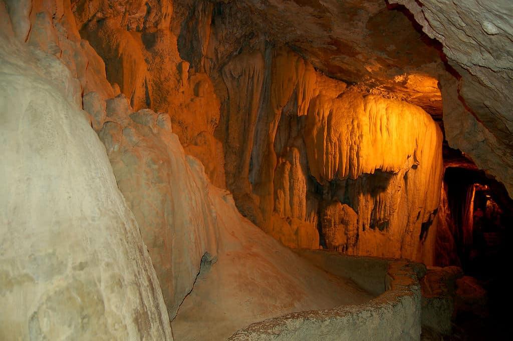 Cueva de Sant Miquel del Fai