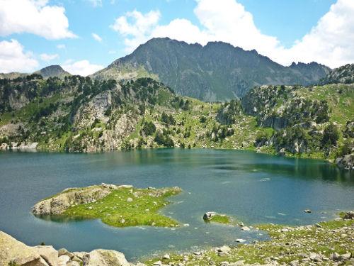 Turismo rural en los pirineos aragoneses navarros y catalanes - Casas pirineo catalan ...