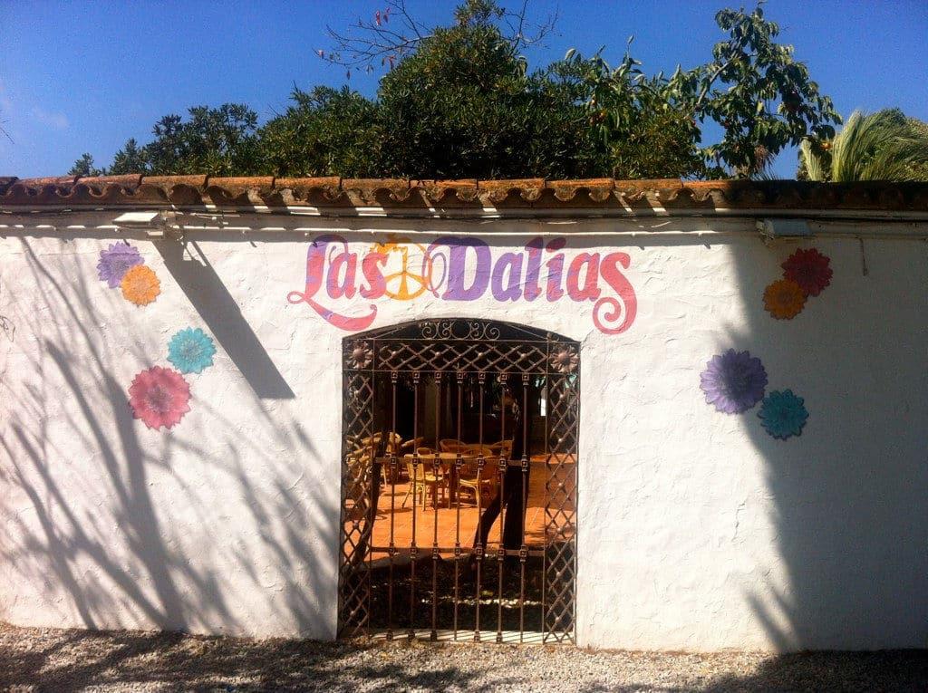 Entrada al Mercado de las Dalias de Ibiza