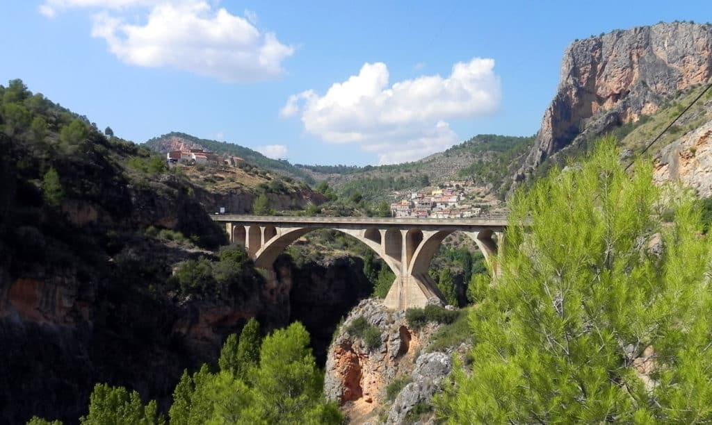 El puente más largo del Mundo. Fuente: Miralmundo Hostal Rural