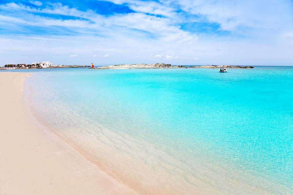 Resultado de imagen de playa de llevant formentera