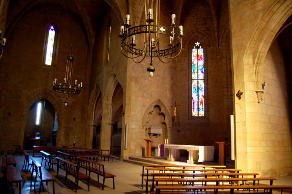 La iglesia, testigo de la Historia desde 1166.