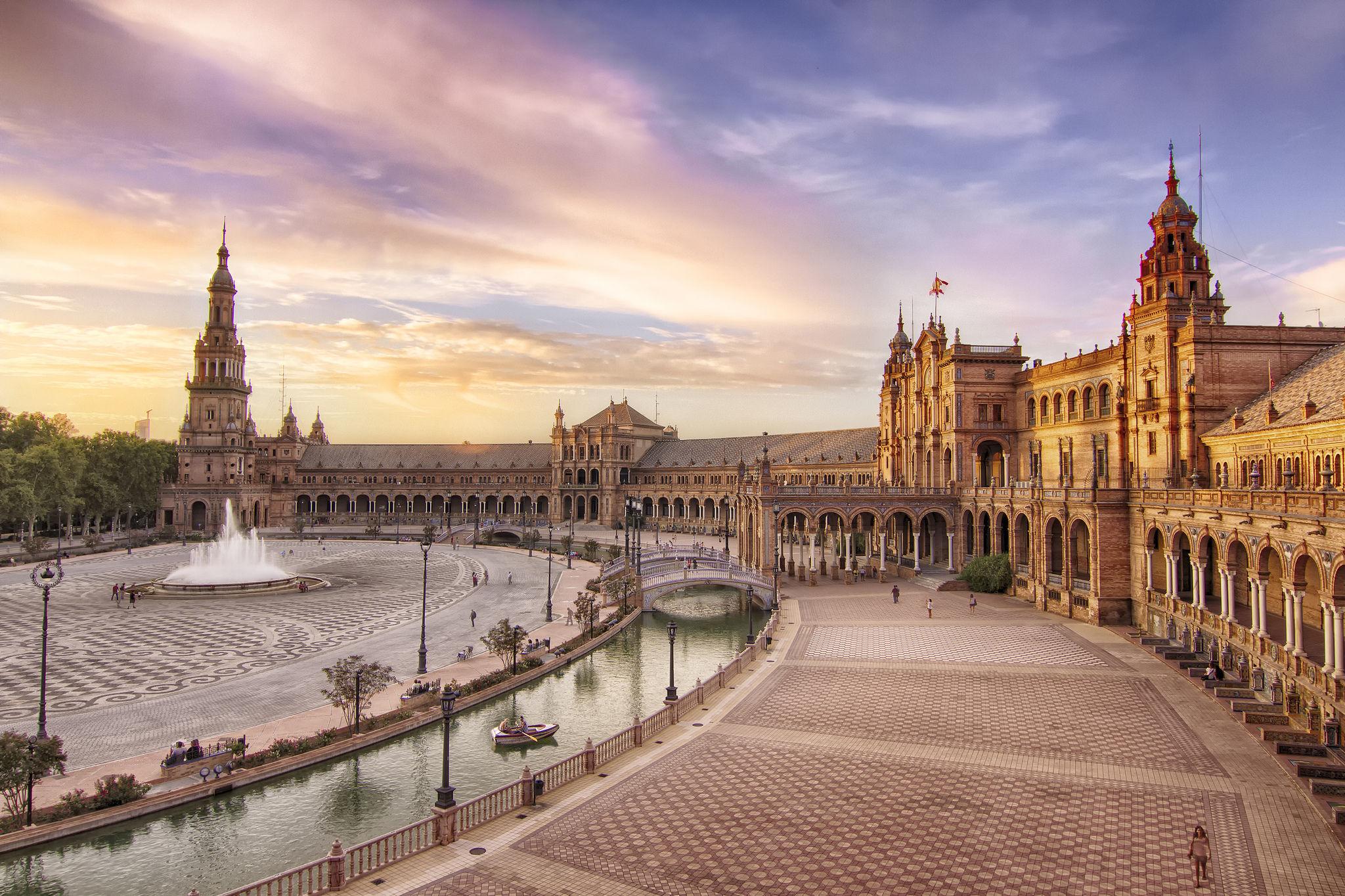 15 curiosidades del rodaje de juego de tronos en espa a for Discoteca plaza de los cubos madrid