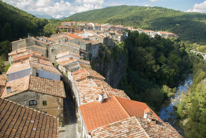 Castellfollit de la Roca. Girona