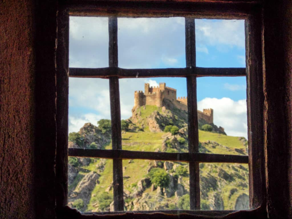Castillo de la Riba