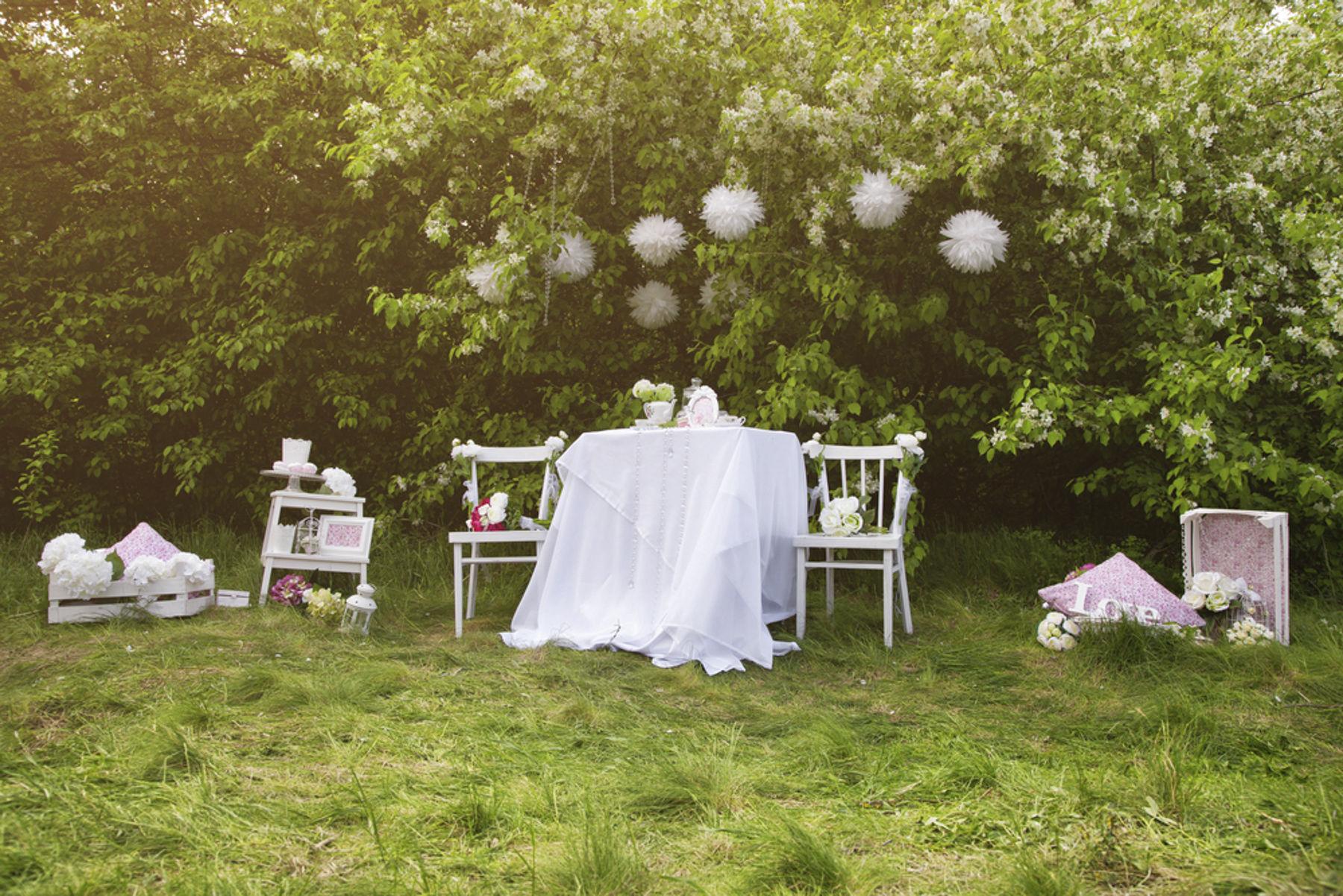 C mo organizar tu boda en una casa rural for Como decorar una casa rural