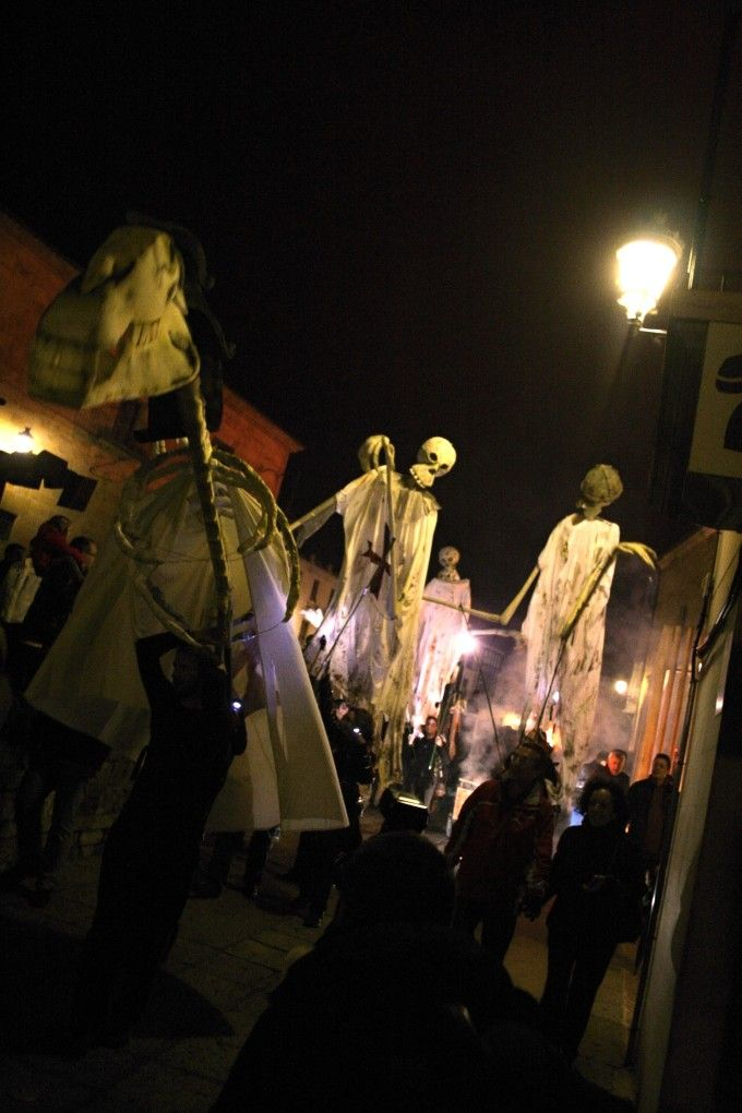 Fuente: ##http://www.festivaldelasanimas.com/##Ángel Hernández. Festival de las Ánimas de Soria##