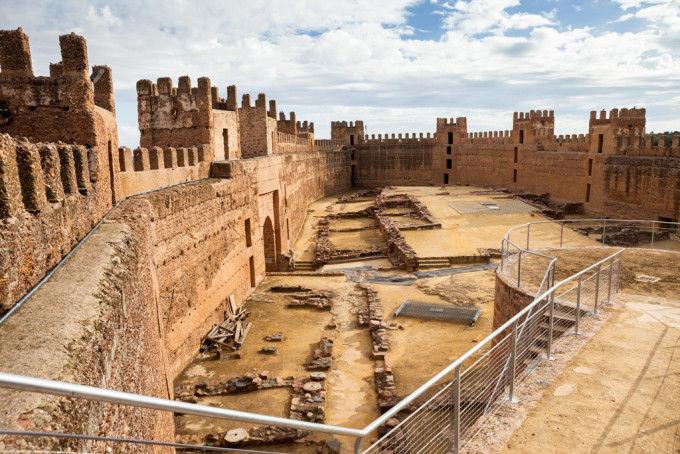 Castillo de Baños de la Encina. Fuente: Víctor Gómez - Machbel