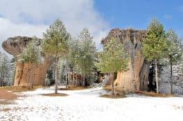 La magia de la Ciudad Encantada de Cuenca en invierno