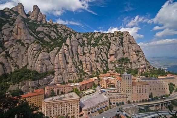 13 santuarios que coquetean con el abismo en España