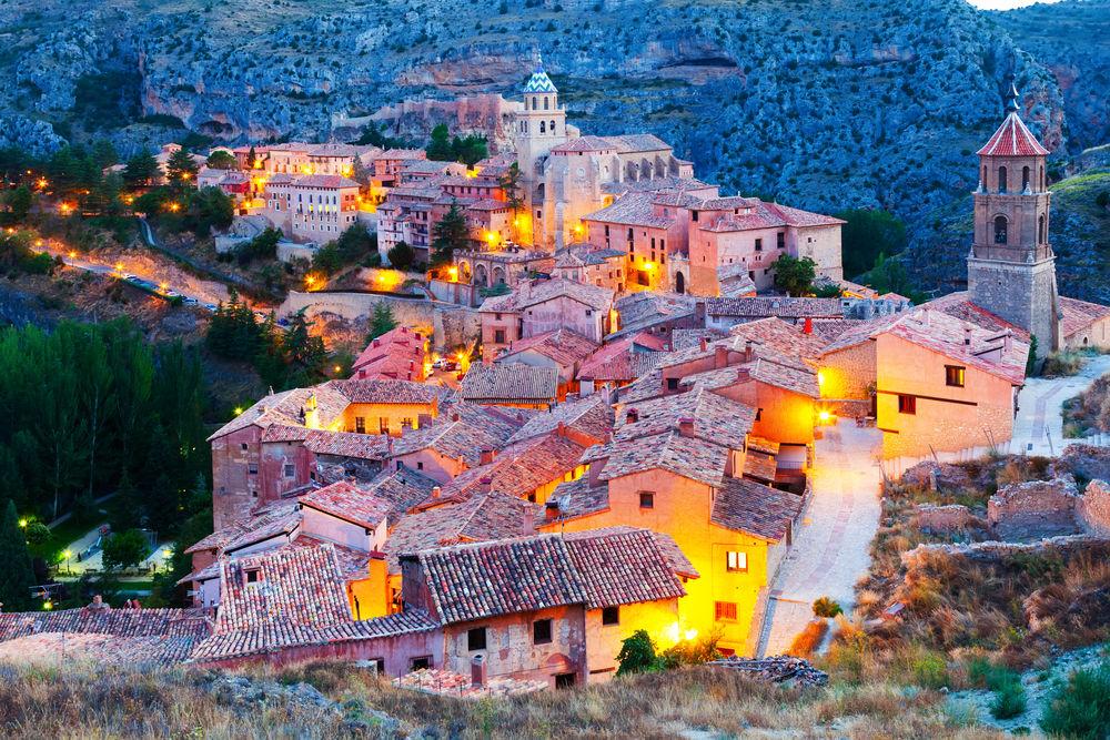 Blog de turismo rural casas rurales para tus escapadas for Oficina de turismo albarracin