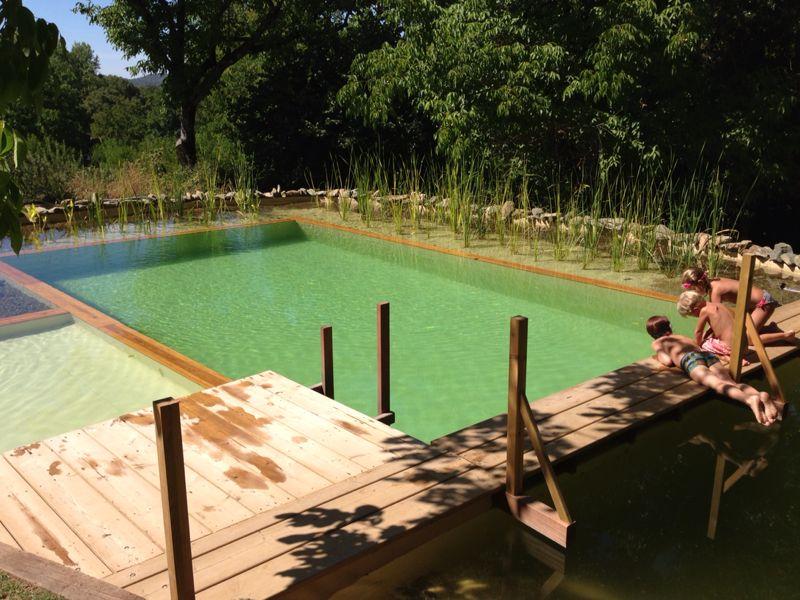 Las 10 piscinas m s originales en casas rurales for Piscinas trobajo del camino