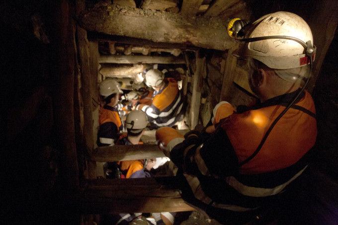 mineros en el Pozo Sotón, Asturias
