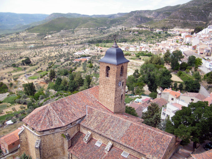iglesia de la asuncion en Yeste