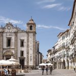 calles de la antigua ciudad portuguesa de évora