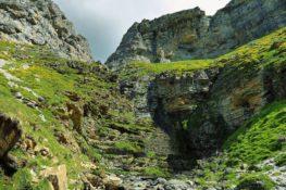 La famosa cascada Cola de Caballo de Ordesa se ha secado