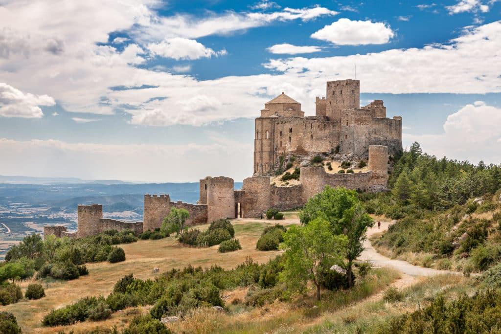 Castillo de Loarre, Castillos en España