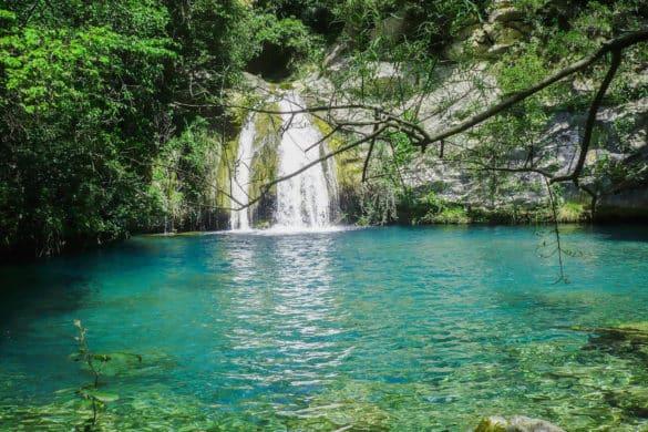 Las pozas y saltos del Gorg Blau de Sant Aniol d'Aguja (Girona)