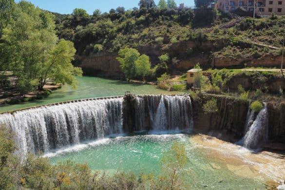 Un baño muy natural en la presa de Bierge (Huesca)