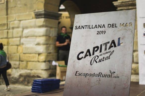 Santillana del Mar celebra su capitalidad junto a los 9 pueblos finalistas