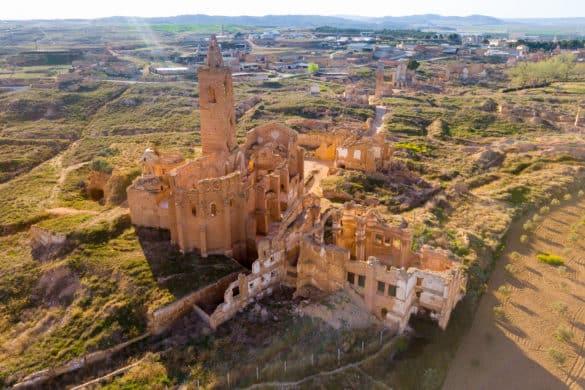 Belchite, memoria de los escombros