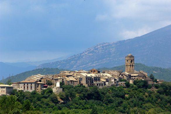 Aínsa acogerá el encuentro de los finalistas a la Capital del Turismo Rural