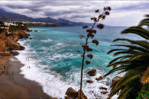 4 playas de Nerja indispensables