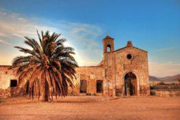 10 monumentos de España en peligro de extinción