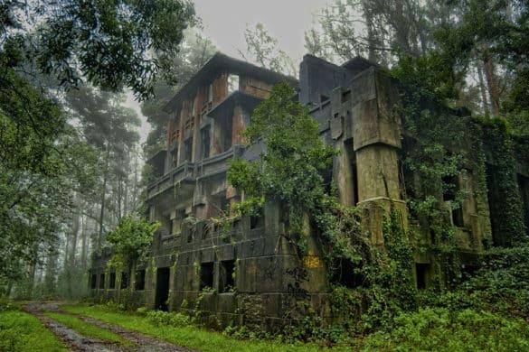Los 25 lugares abandonados más espectaculares de España