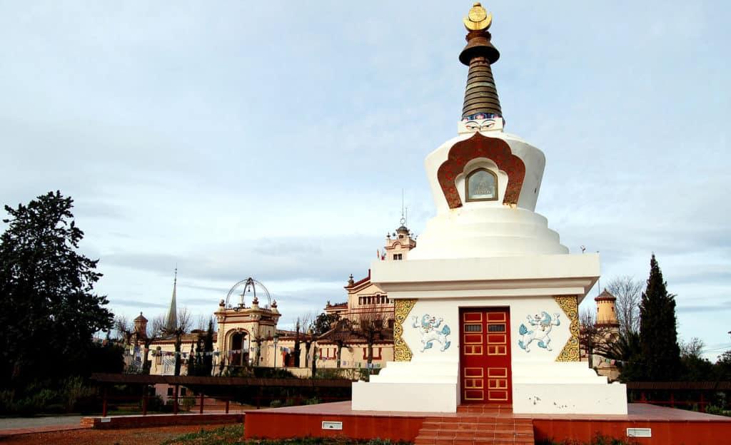 Monasterio budista en el Garraf