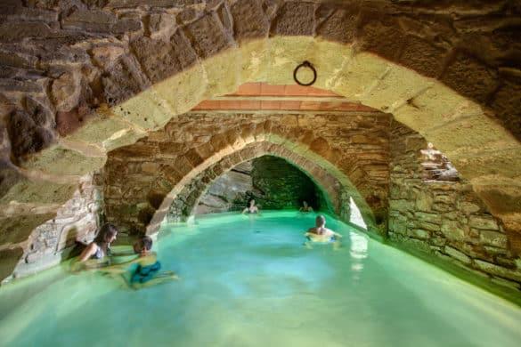 Las 9 piscinas más originales en casas rurales