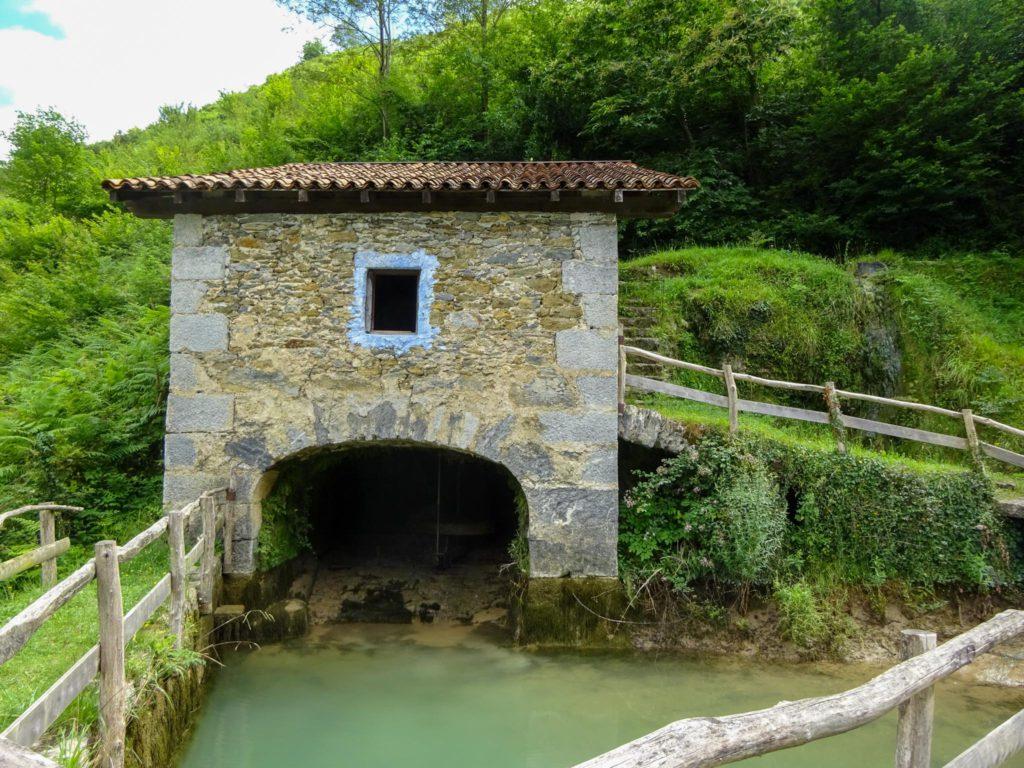 Molino de Plazaola, Lastur