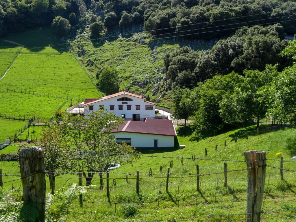 Valle de Olatz, Mutriku
