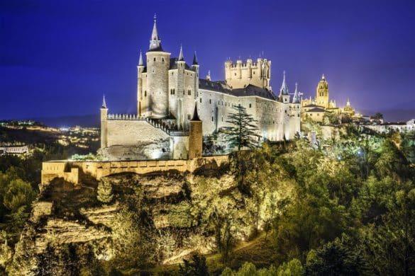 Castilla y León con la ruta de Isabel la Católica