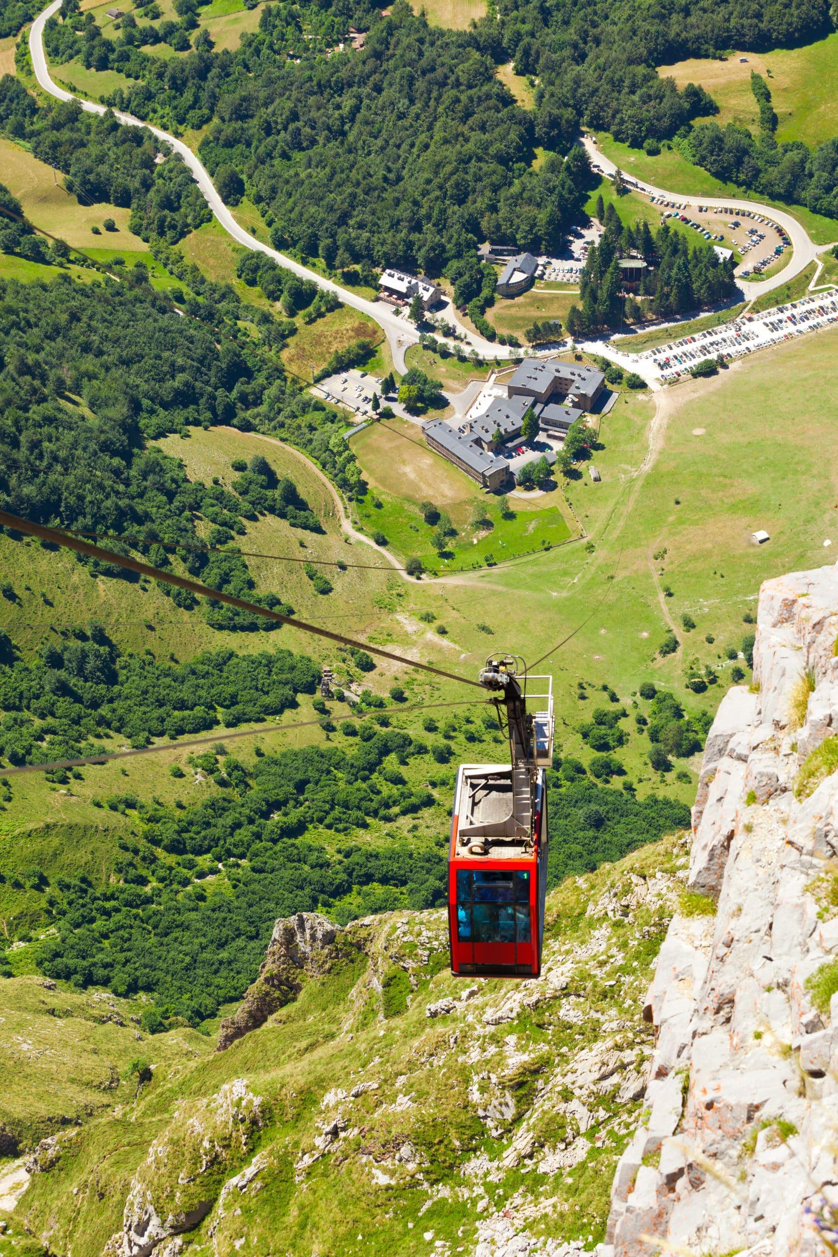 Fuente Dé clable railway. Picos de Europa, Cantabria, Spain