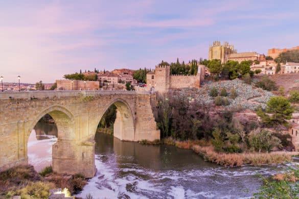 5 puentes medievales que merece la pena visitar en España