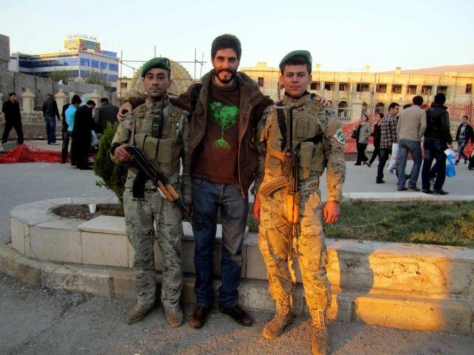 Con la Permeshga, fuerzas del orden del Kurdistan irakí. Fuente: Antonio Aguilar