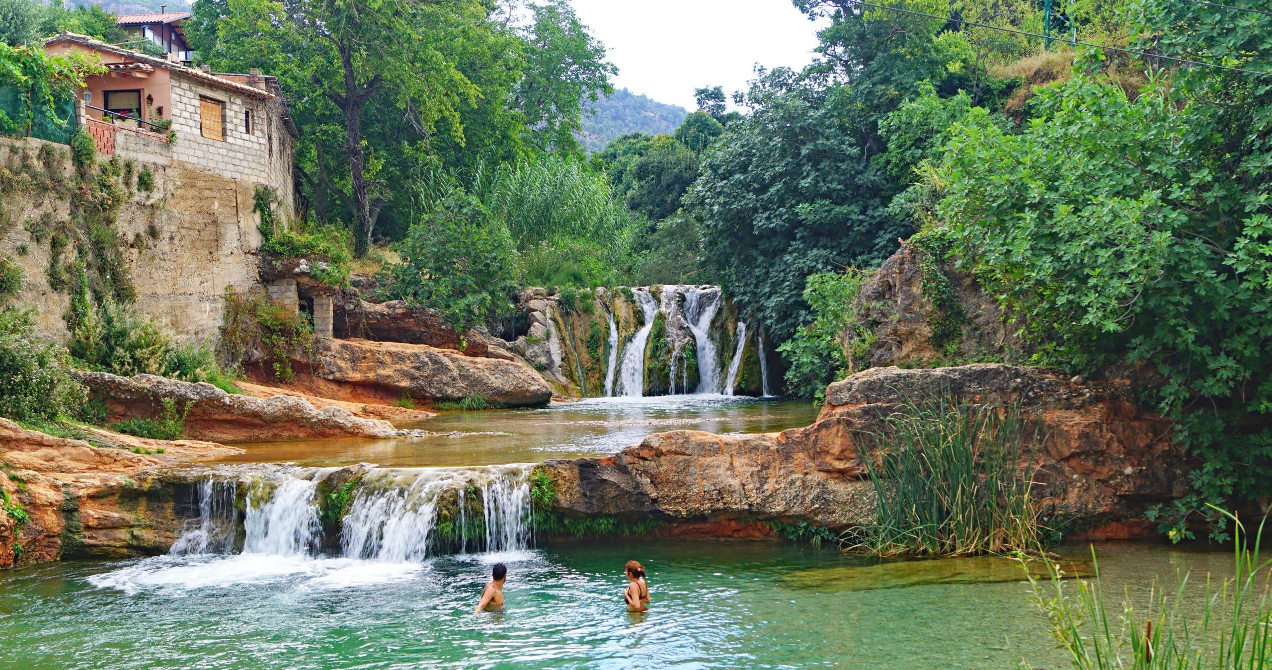 La Pesquera poza o piscina natural en Beceite, Teruel, Aragón, España, Europa
