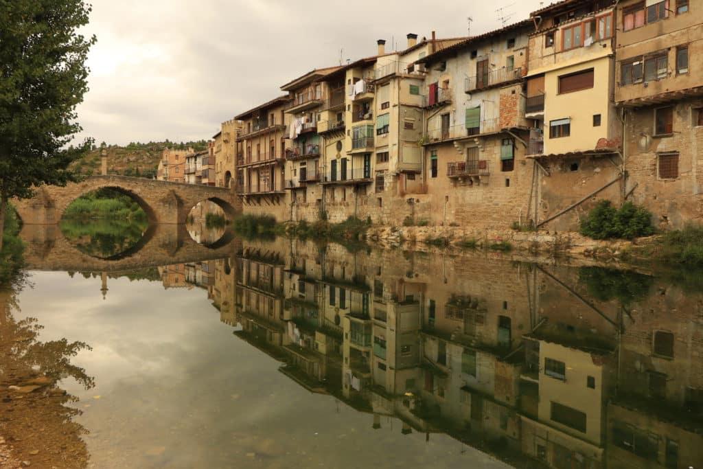Río Matarrana a su paso por Valderrobre, La Matarraña (Teruel)