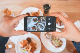 Domina la cámara de tu smartphone. Dispara, edita y publica.