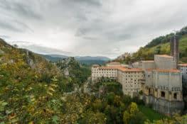 Santuario de Arantzazu: la arquitectura sacra que estuvo prohibida