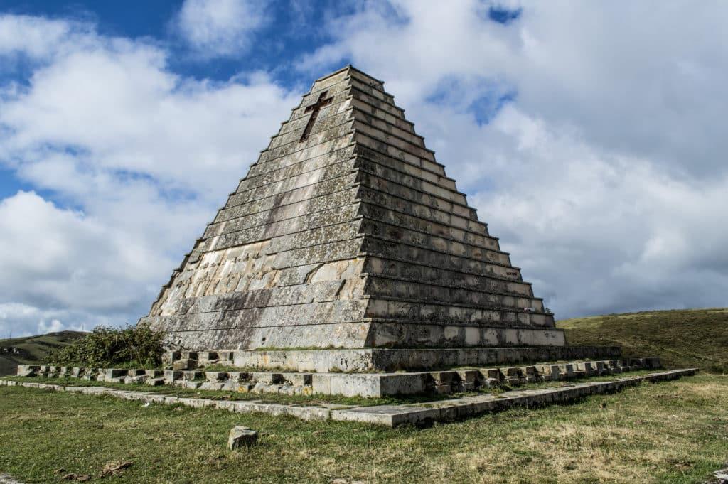 La pirámide de Mussolini