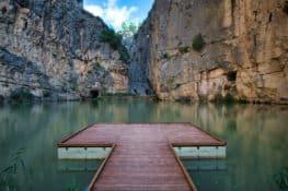 Charco Azul de Chulilla: una piscina natural entre el cañón del Turia