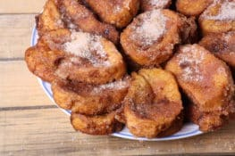 Torrijas: la historia de un dulce histórico y sus diferentes nombres