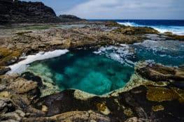 5 charcos y piscinas naturales en Lanzarote para no salir del agua