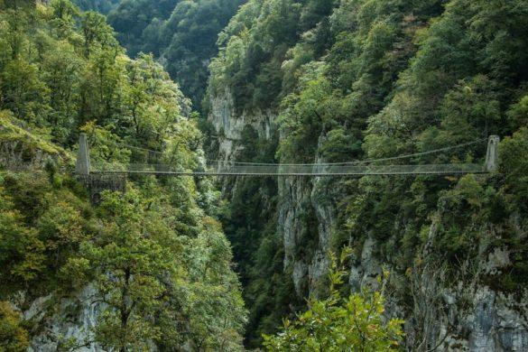 Cruzando el abismo: la pasarela d'Holtzarte