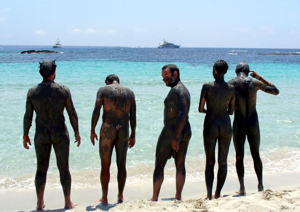 Baños de barro en Formentera