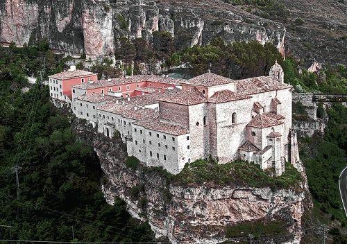 Del Cielo a la Tierra, un monasterio de altura